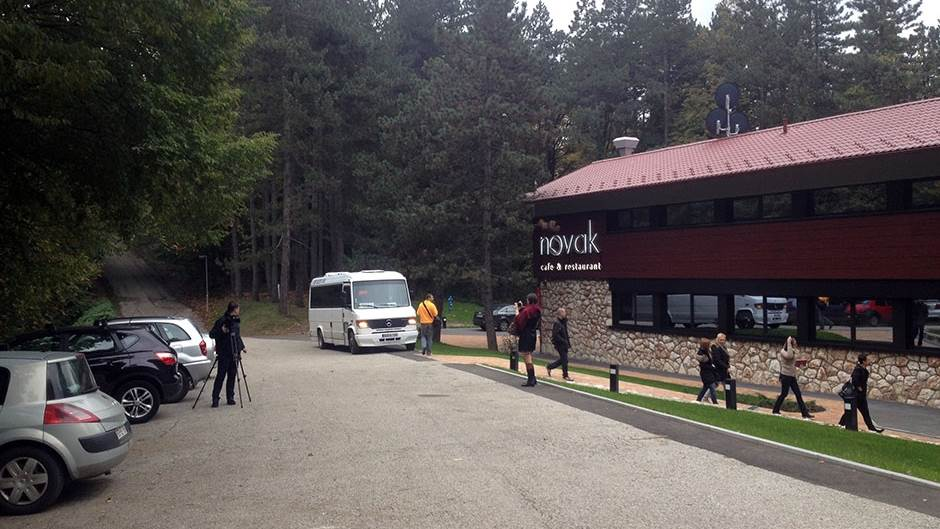 Tužba protiv Grada Banjaluke zbog zabrane saobraćaja do hotela na Banj brdu  | MONDOBA