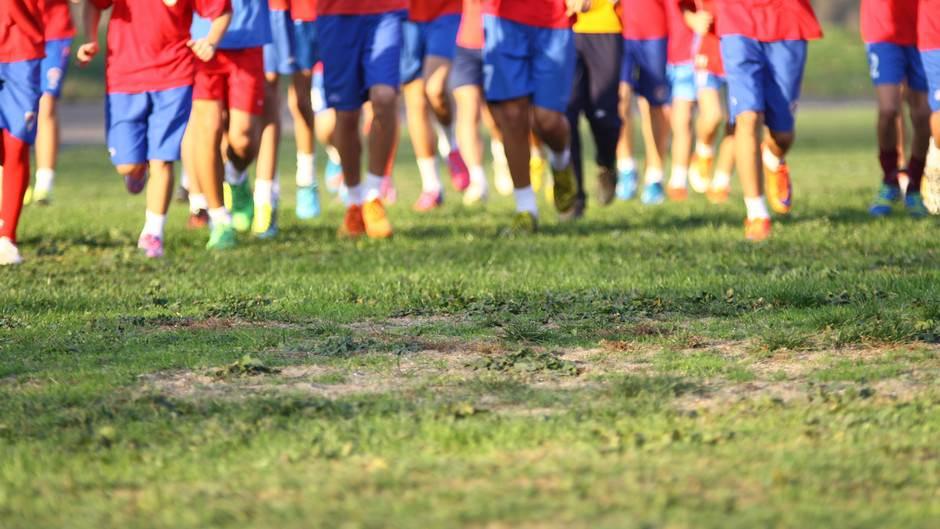 Omladinci Borca treniraju u kasari Kozara, FK Borac