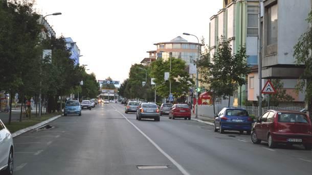 gradiška, saobraćaj, automobili