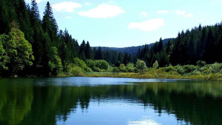 Jezero Busija kod Glamoča