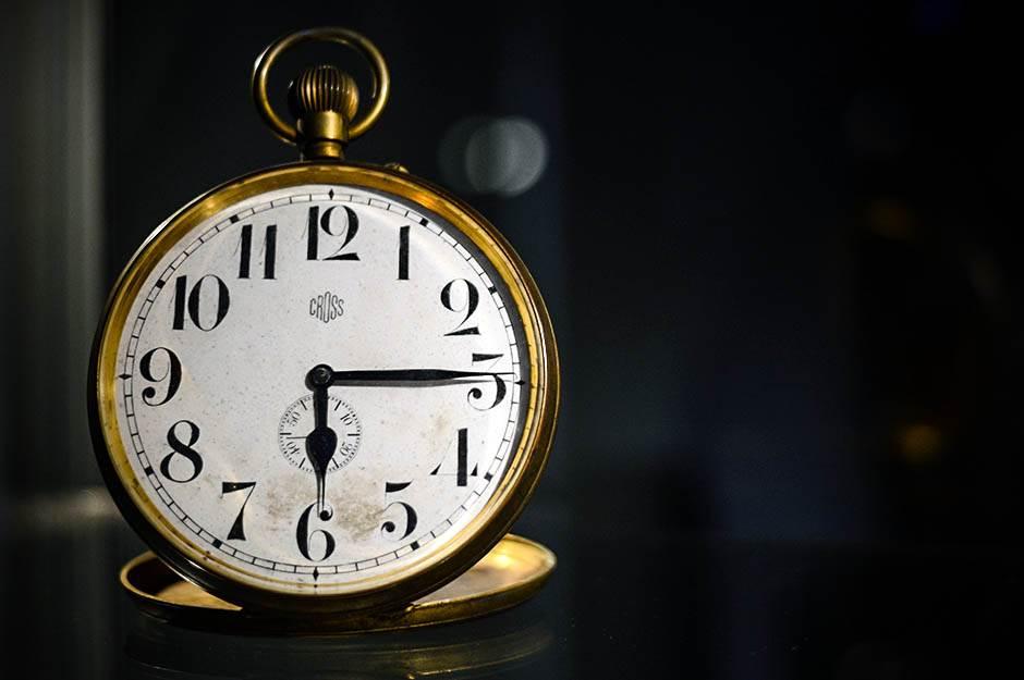 časovnik, sat, vreme, sati, nikola tesla, muzej nikole tesle,