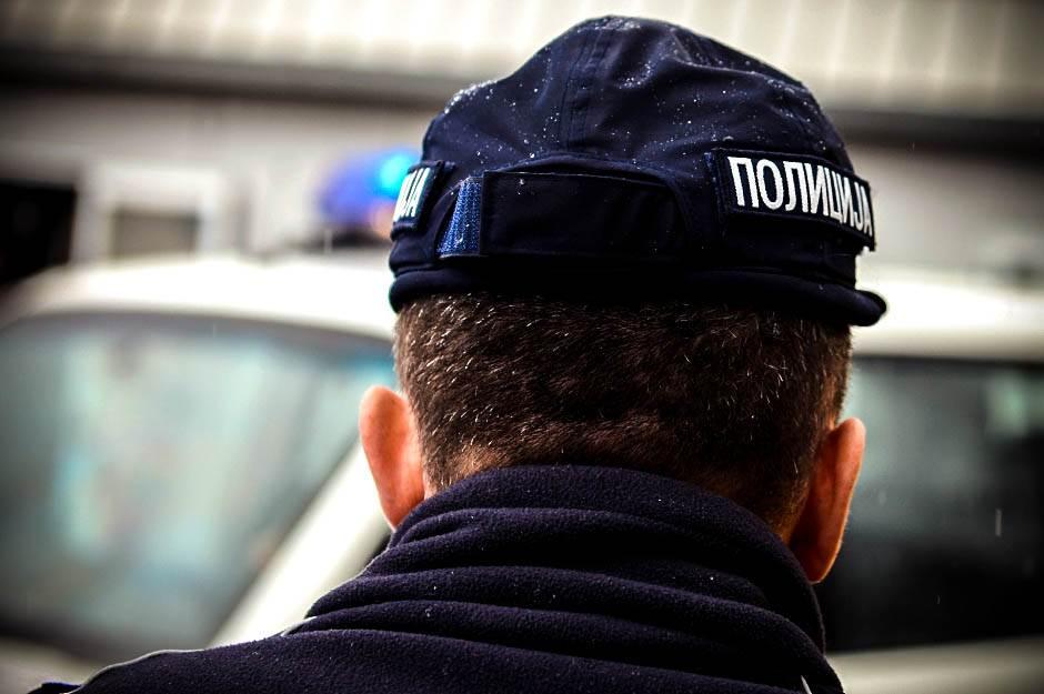 policija, saobraćajna policija, policajac, policajci, saobraćaj, nesreća,