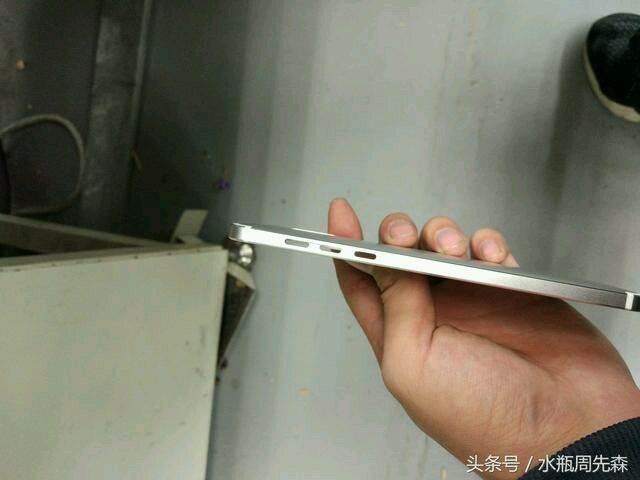 Nokia E1: Jeftina, solidna, ne baš lepa...