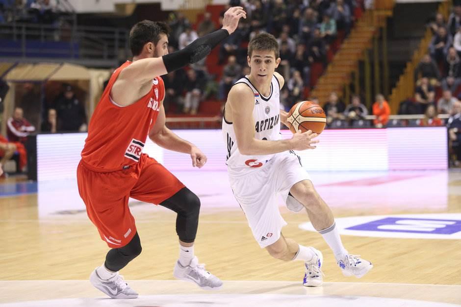 Vanja Marinković Partizan Solnok