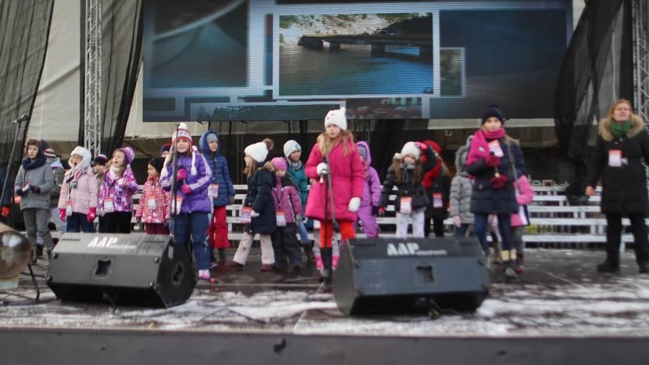 Vrapčići na Trgu Krajine (FOTO)