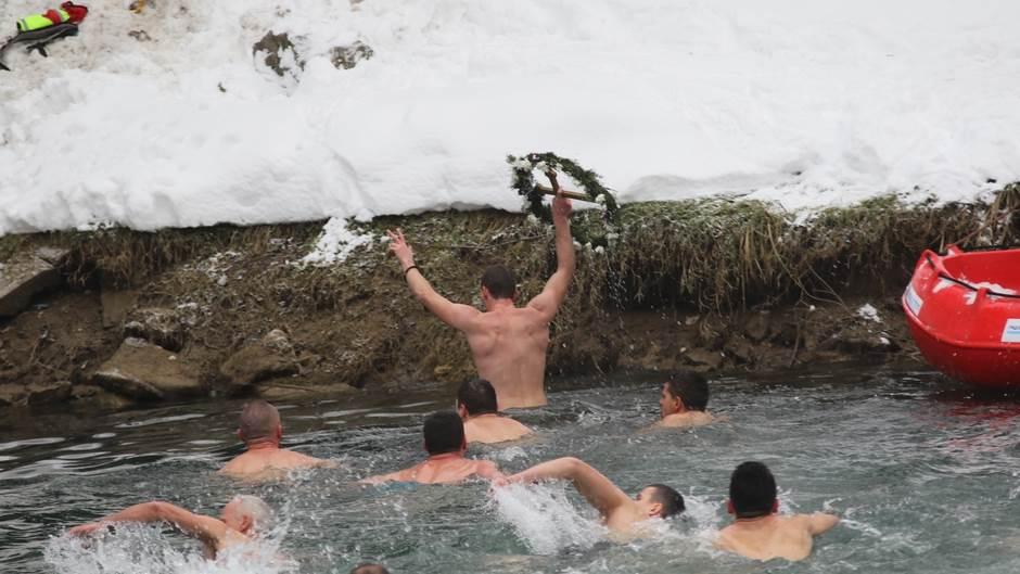 Plivanje za časni krst, Banjaluka