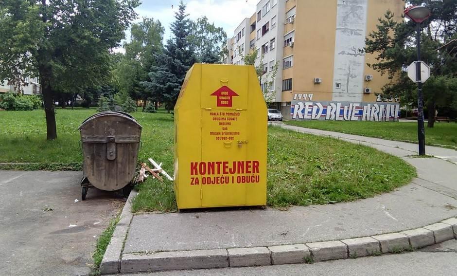 """Ilustracija/Humanitarni kontejner u naselju Nova Varoš ovaj put bio je """"pošteđen"""""""