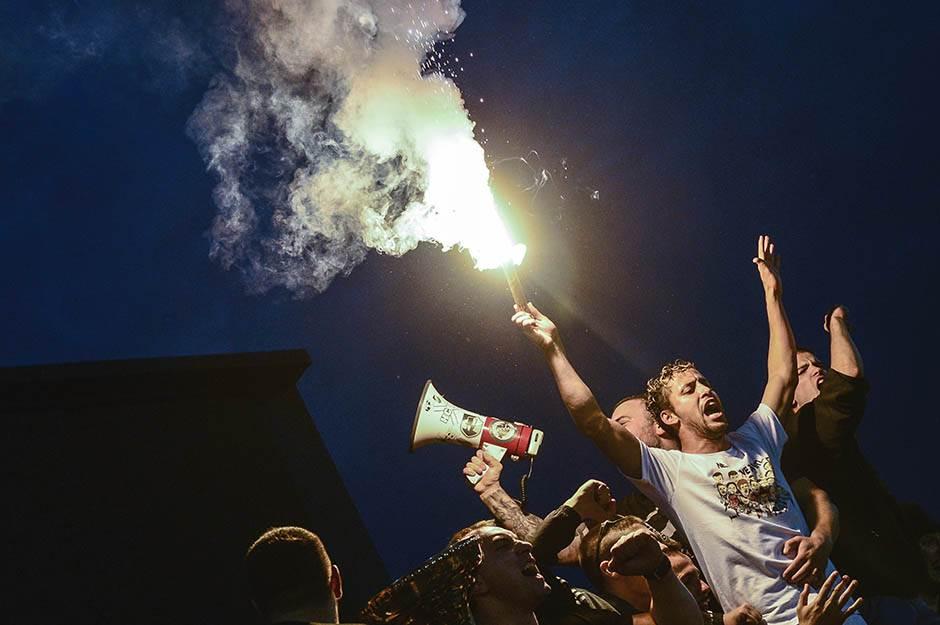 leonardo, baklja, bakljada, partizan, kup, finale, proslava, navijači, grobari, kup srbije, crvena zvezda