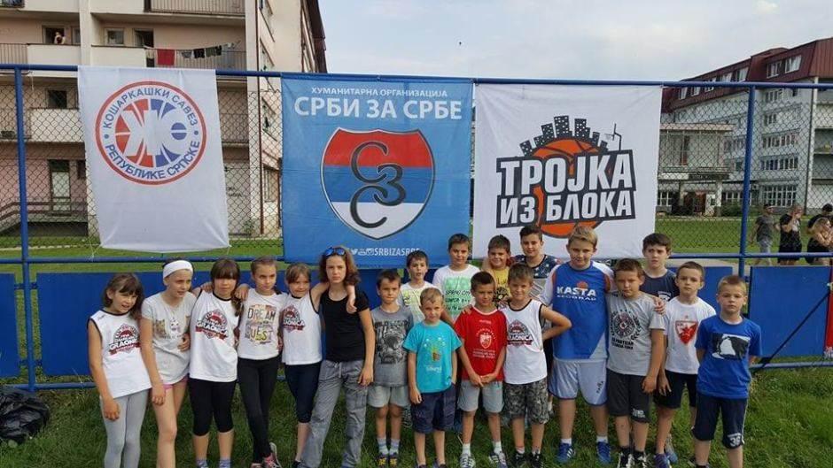 Trojka iz bloka u Banjaluci: Prikupljeno 3.500 KM