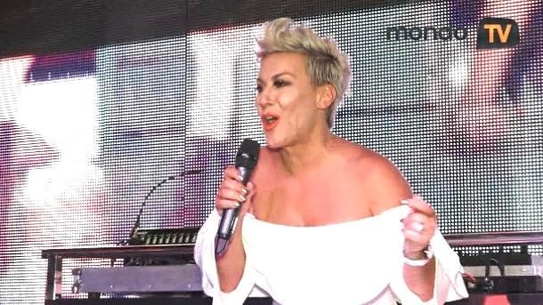 Indira Levak, Colonia, mondo tv