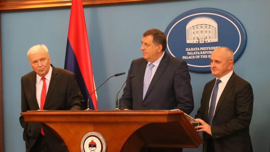 Marko Pavić, Milorad Dodik, Petar Đokić, koalicija