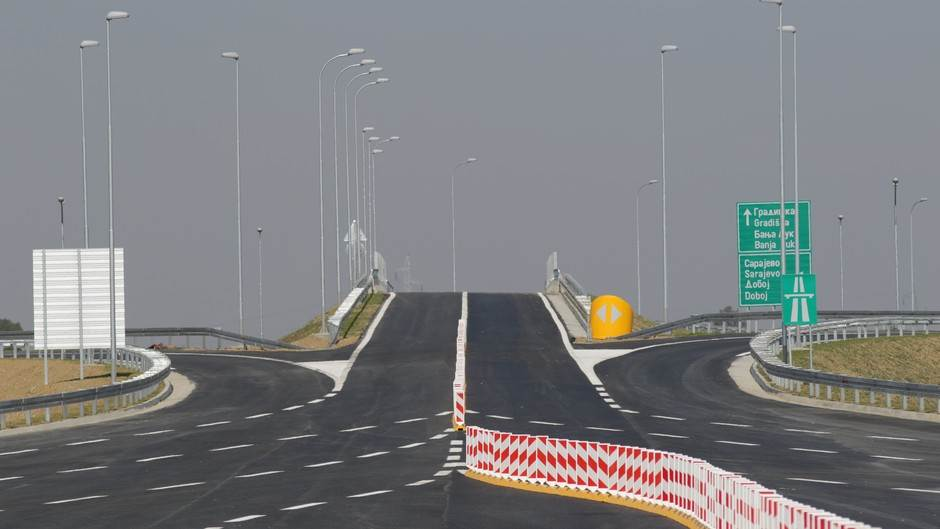 Otvorena nova dionica auto-puta (VIDEO, FOTO)