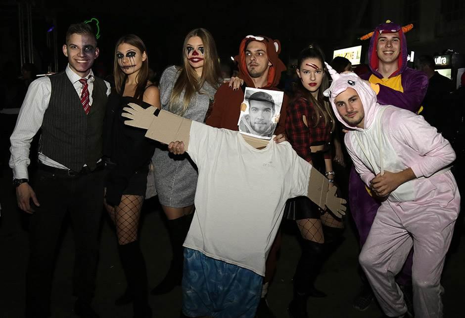 Ples zombija u Hangaru! (FOTO)