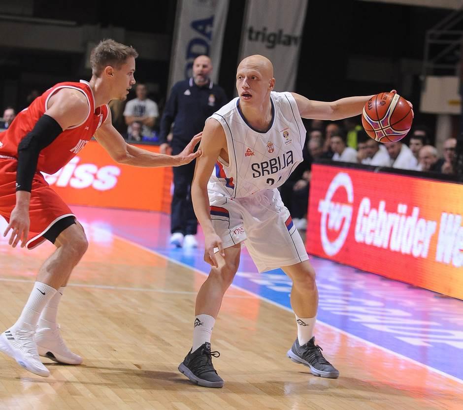 Pamtiće se početak i pobeda Srbije!