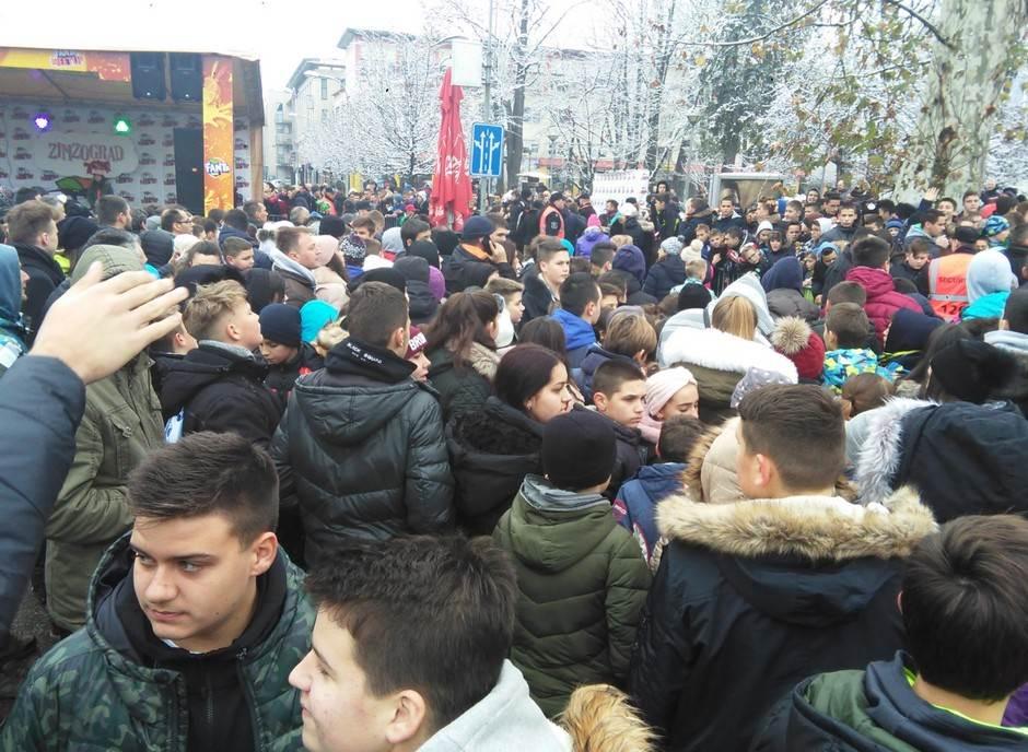 """Muđa i Ćale """"blokirali"""" centar Banjaluke (FOTO)"""