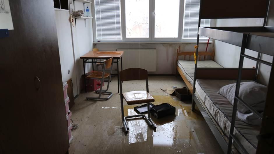 Haos u studentskom domu u Banjaluci FOTO