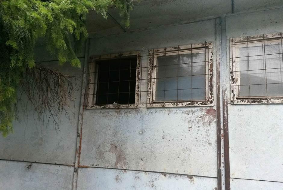 Napuš(t)ena baraka u centru Banjaluke FOTO