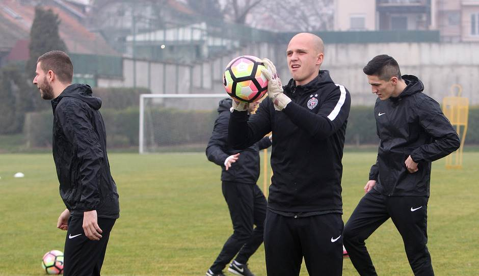 Još jedan golman ide iz Partizana?