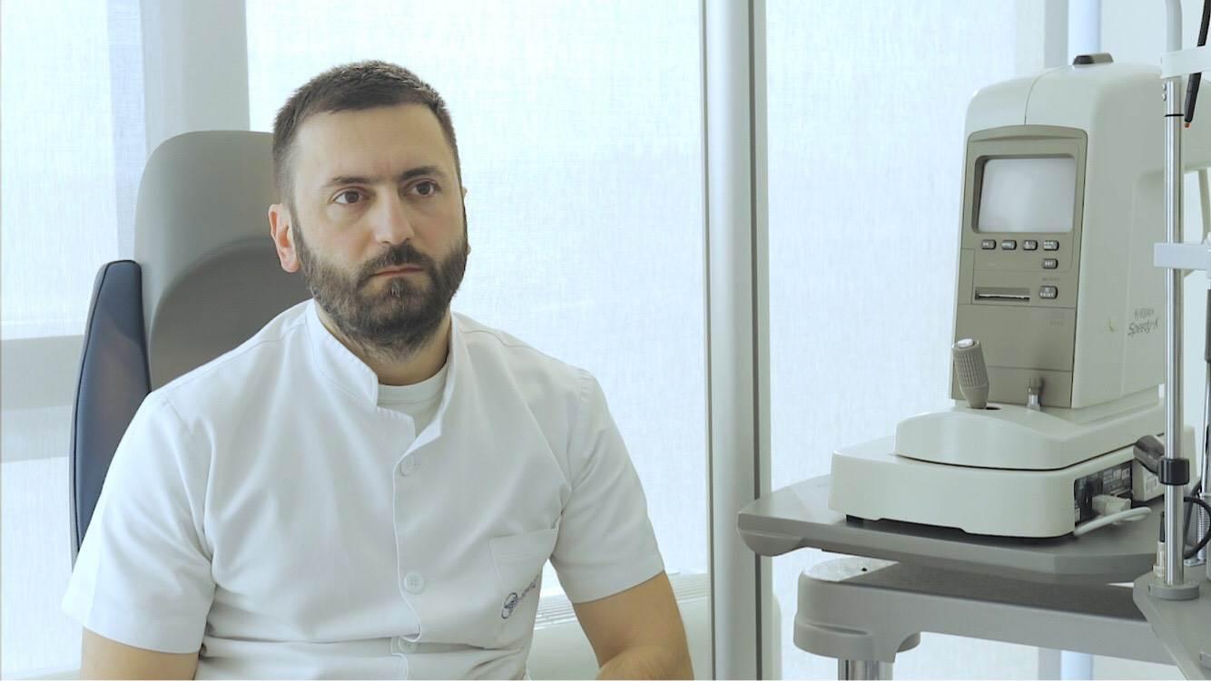 klinika svjetlost, Nebojša Đogatović