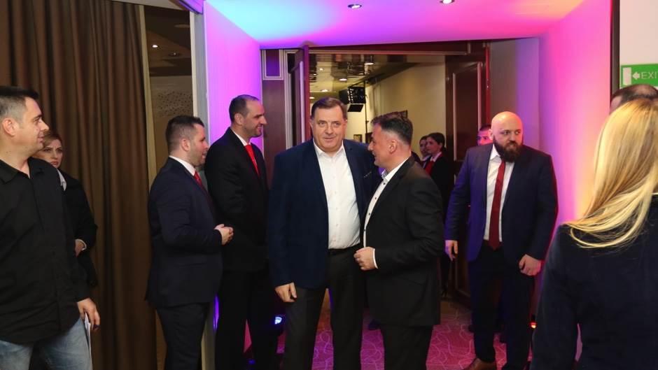 RK Borcu od kabineta predsjednika Dodika 50.000 KM
