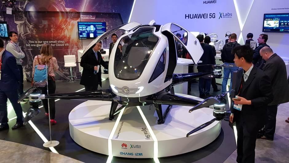 Huawei 5G Fly Taxi eHANG 184 dron MWC 2018
