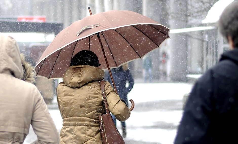 sneg, zima, mećava, kišobran