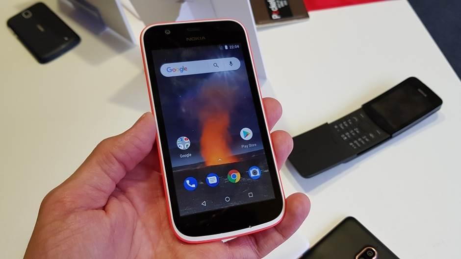 Prvi KEC: Cena 85€, Android Go, izmenjive maske