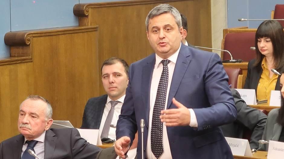 Svedok-saradnik Sinđelić pobegao u Srbiju?