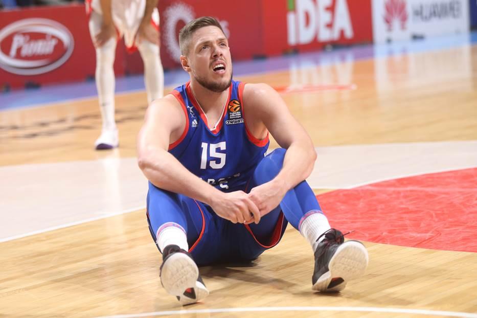Ataman došao, Štimac zaboravio da igra košarku