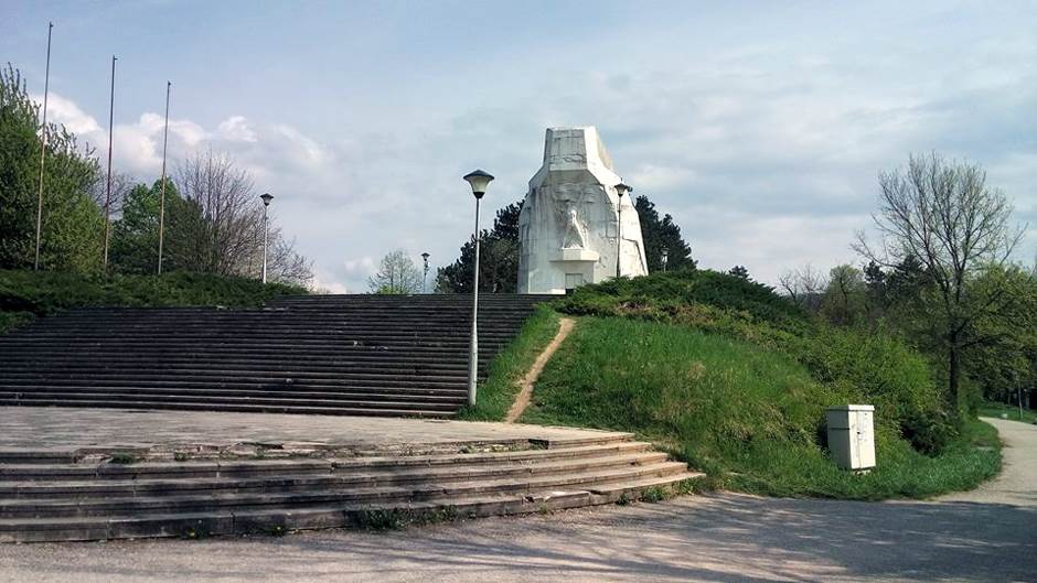 šehitluci, banj brdo, šehovi, spomenik