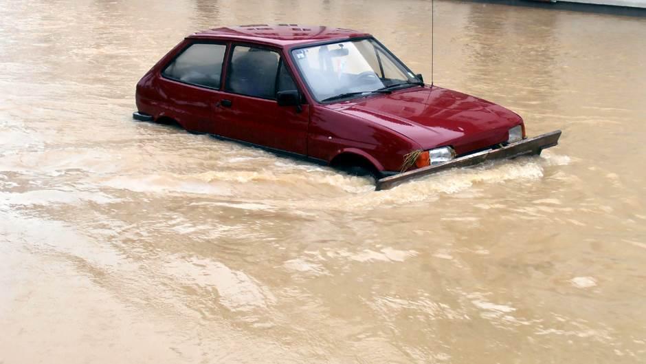poplava, auto, bujica
