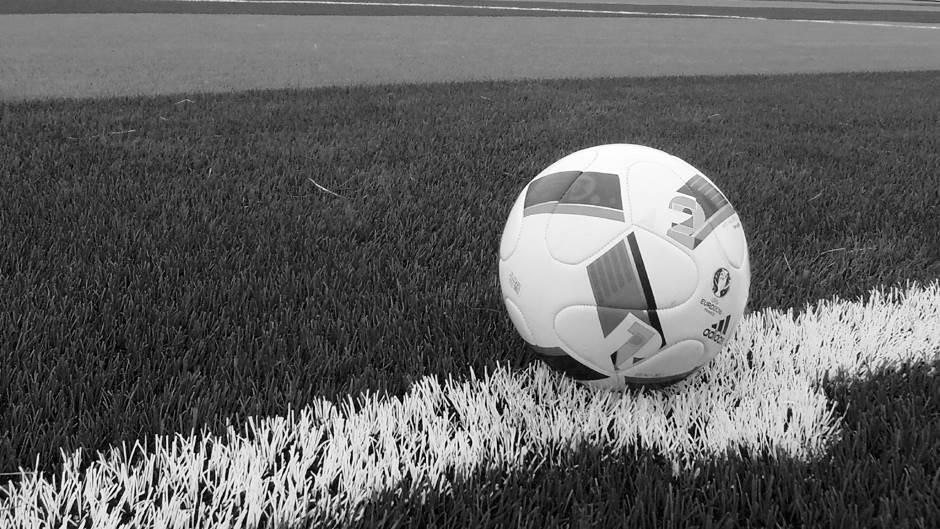 fudbal, lopta, pokrivalica, tragedija, nesreća, smrt, in memoriam