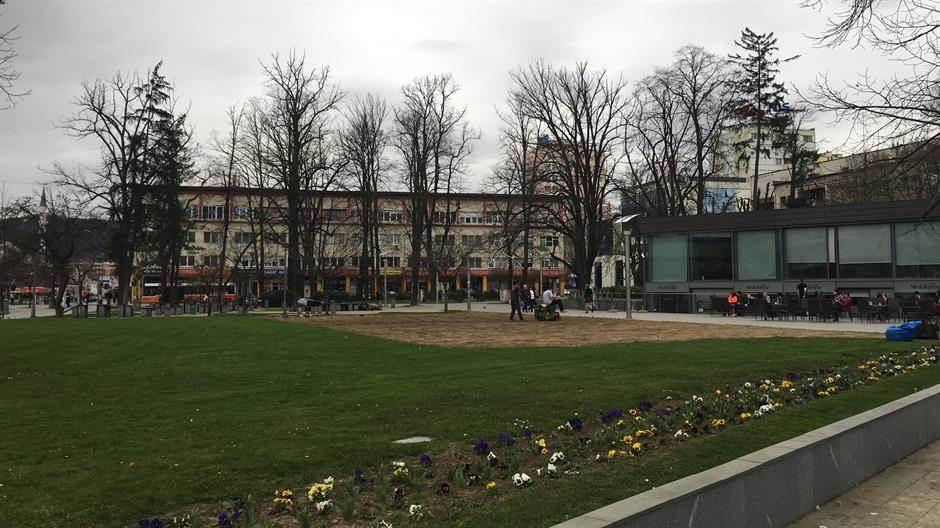park, banjaluka, proljeće