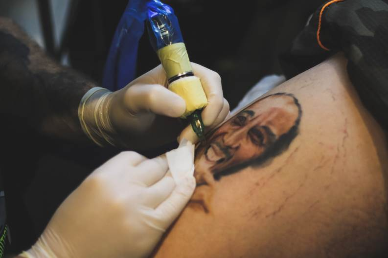 Studio Rembrandt: Uspomene od mastila (FOTO)