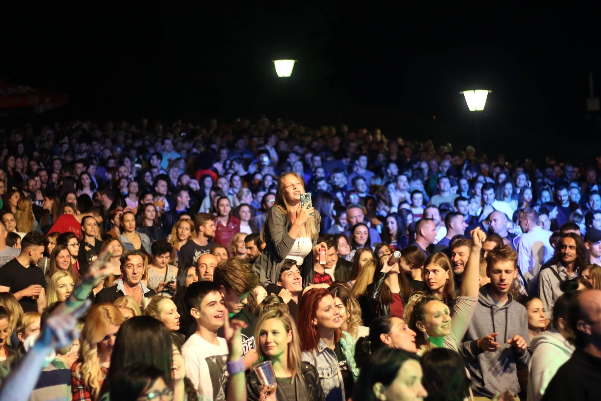 Živjeti slobodno, Kastel, Banjaluka