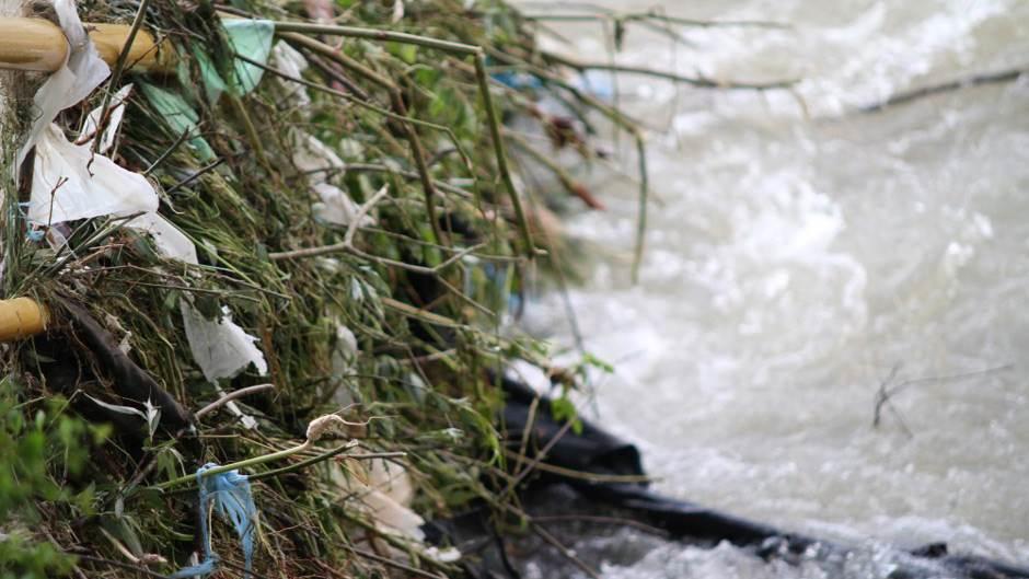 vrbas, vrbanja, otpad, smeće, poplave