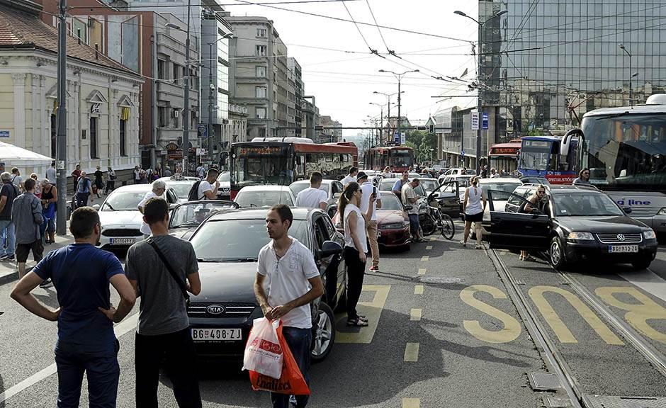 Vulin o protestu vozača: Organizatori, javite se!