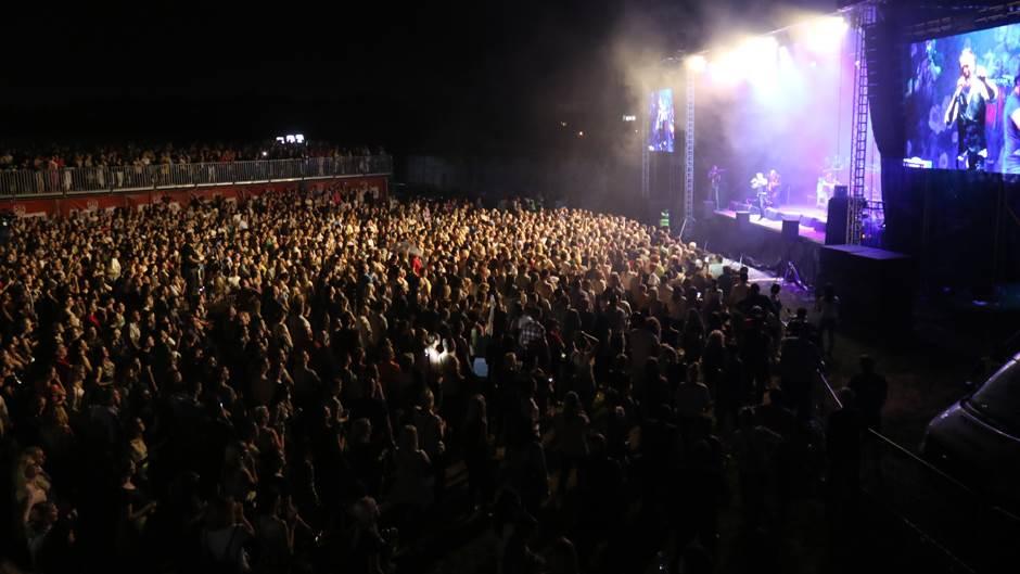 Gibonni, koncert, Banjaluka, publika