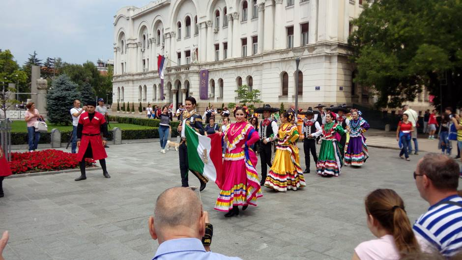 Banjaluka: Plesom očarali prolaznike (VIDEO)