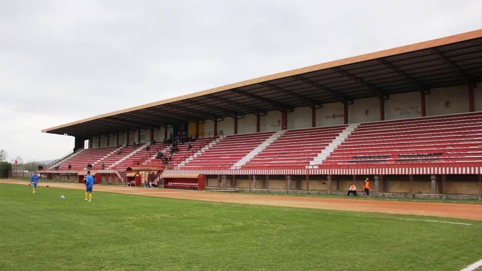 """Stadion """"Mlakve"""" u Novom Gradu"""