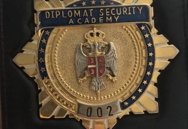 Lažni diplomata