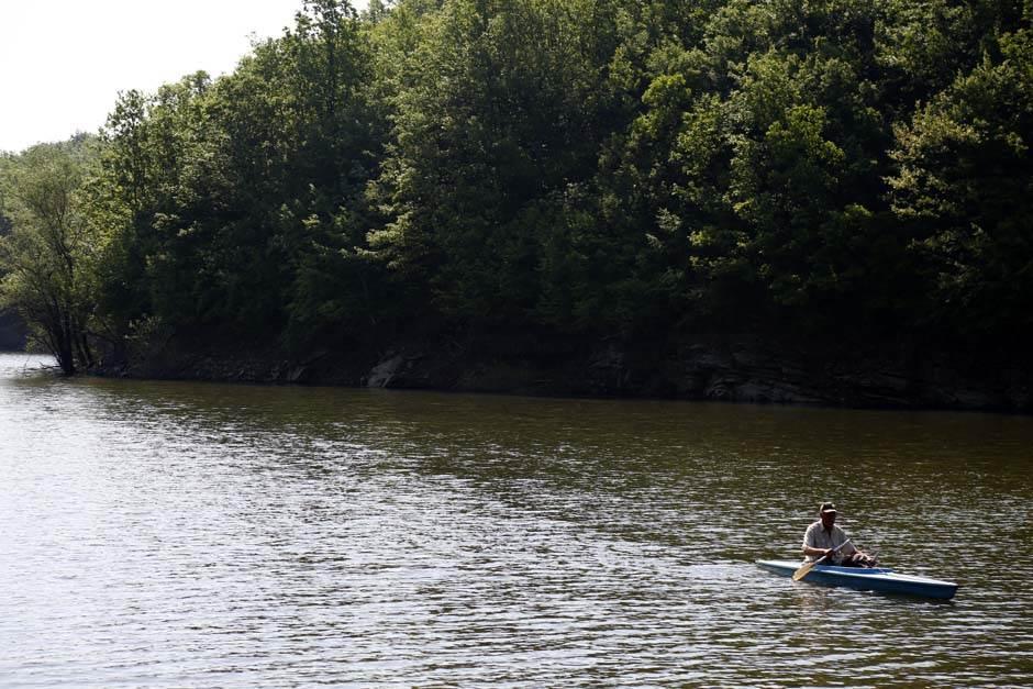 pecaroš, jezero, pecanje, priroda, prirodne lepote reka