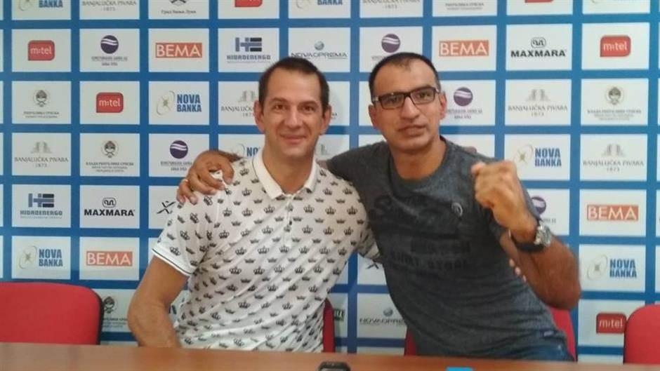 Teniski spektakl : Bojinović vs. Stupar