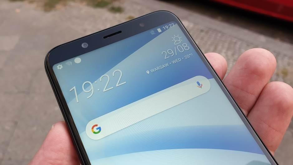 Konačno jeftin telefon, koji ima sve (VIDEO)
