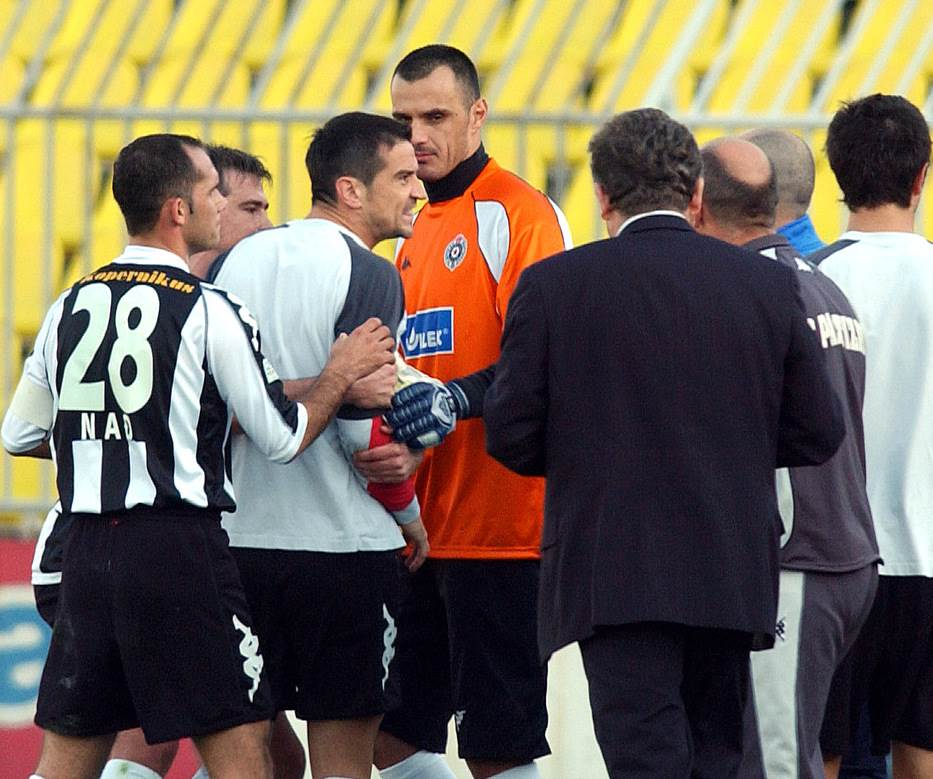 Bata Mirković - NENORMALNO NORMALAN čovek