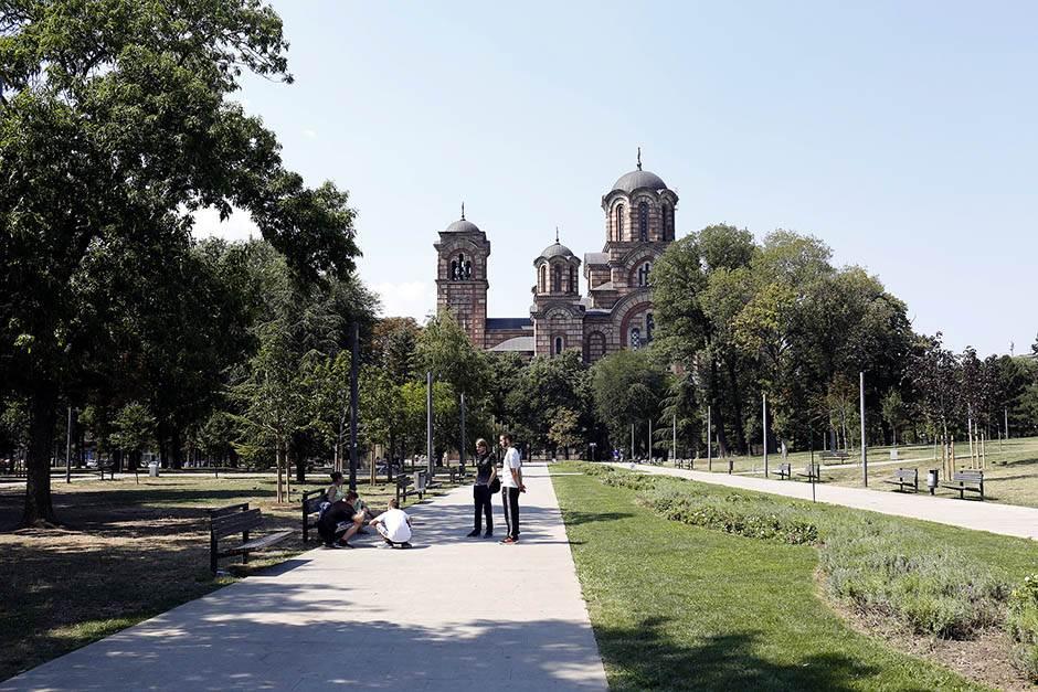 Squatting Slavs In Tracksuits, čučanje, tašmajdan, tašmajdanski park