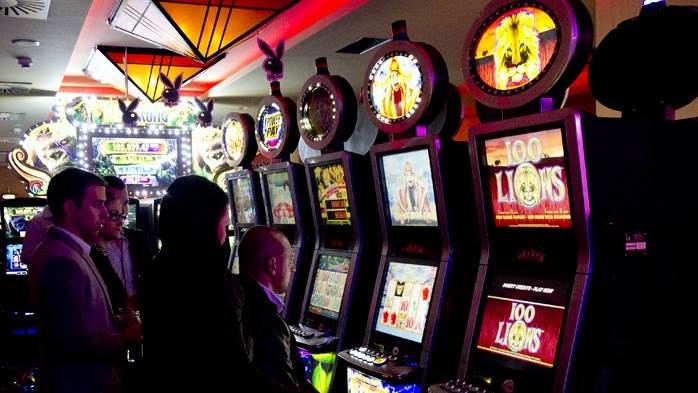 Kockarnica, kockanje, slot masina