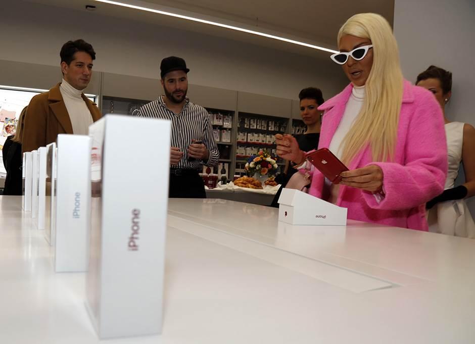 iPhone se prodaje sve manje, još jedan crven kvartal