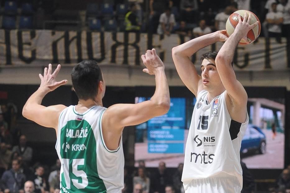 """Partizan ubedljiv, """"dvocifren"""" i Pecarski"""