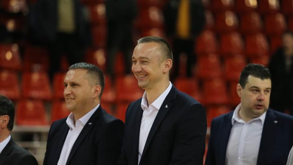 """""""Kinđe"""" ostao u Laktašima! (FOTO, VIDEO)"""